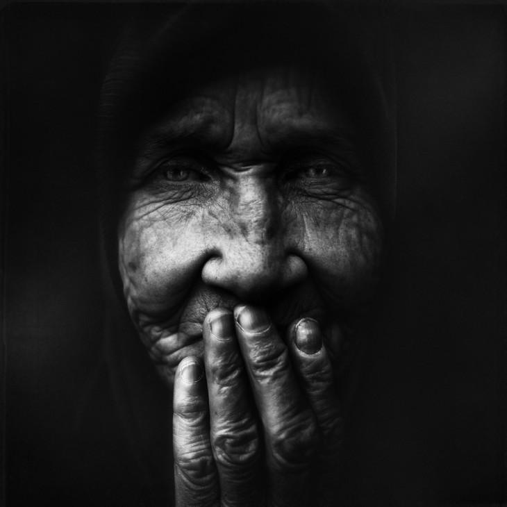 в к черном сниться чему незнакомая старуха
