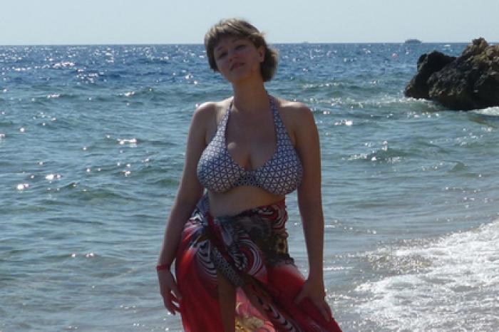 e2f922648b4bc Россиянка рассказала о тяготах жизни с большой грудью