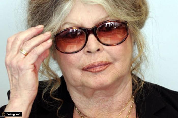 машине французская актриса хочет получить российское снять квартиру