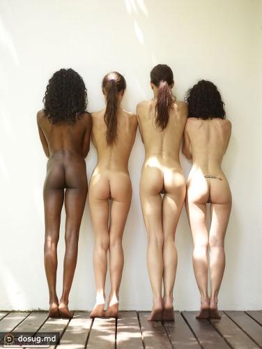 Фото голых молодых попок