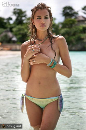 Ирина Шейк в Sports Illustrated Swimsuit 2011